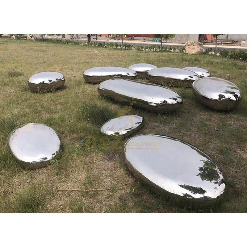 Stainless Steel Outdoor Mirror Polished Modern Rock Sculpture
