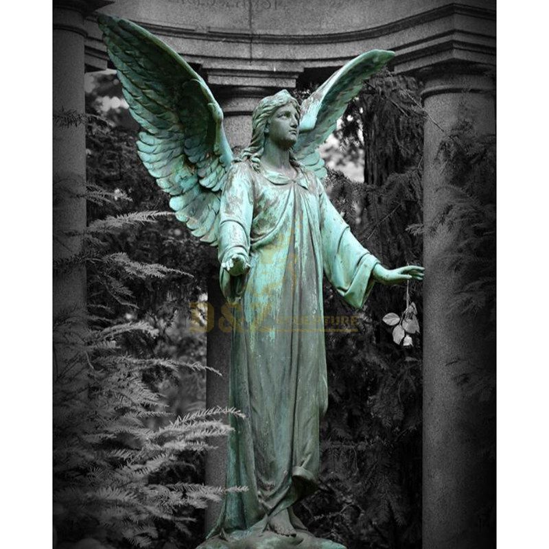 High Quality Bronze Casted Outdoor Metal Garden Angel Statue