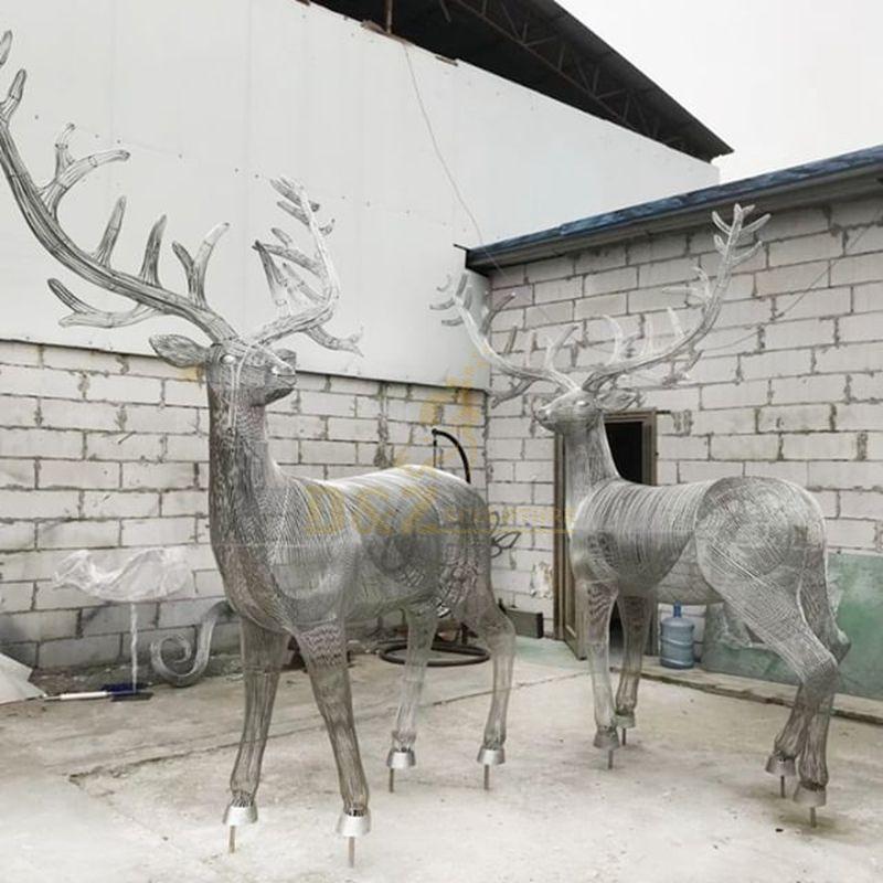 Modern Stainless Steel Deer Sculpture Hollow Wild Animal Sculpture