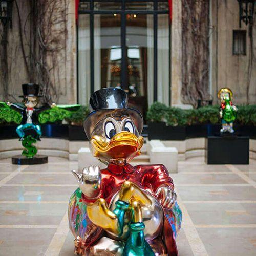 Monopoly Statue Fiberglass Chorme Sculpture Monopoly Statue