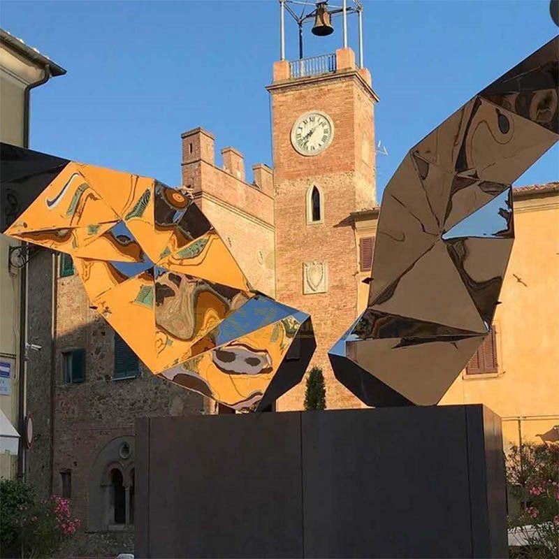 Outdoor Geometric Prism Stainless Steel Mirror Sculpture