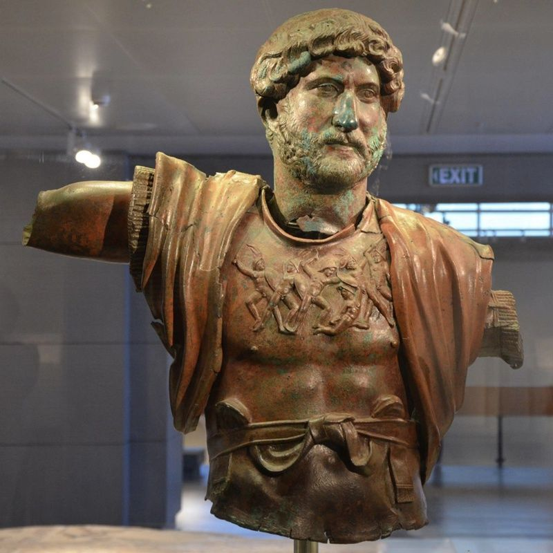 Customized Human Figure Sculpture Bronze Man Bust Statue