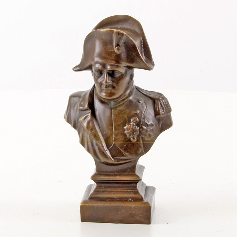 Classic Design Metal Bronze Handsome Soldier Bust Sculpture