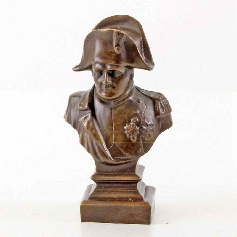 Classic Design Metal Bronze Handsome Soldier Bust Sculpture