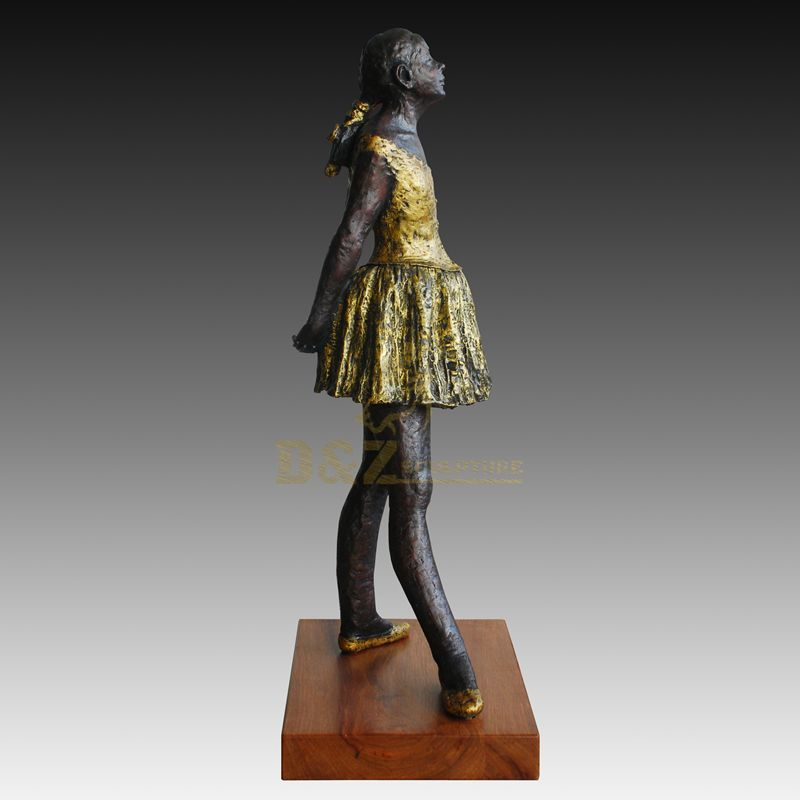 Life Size Casting Bronze Woman Sculpture