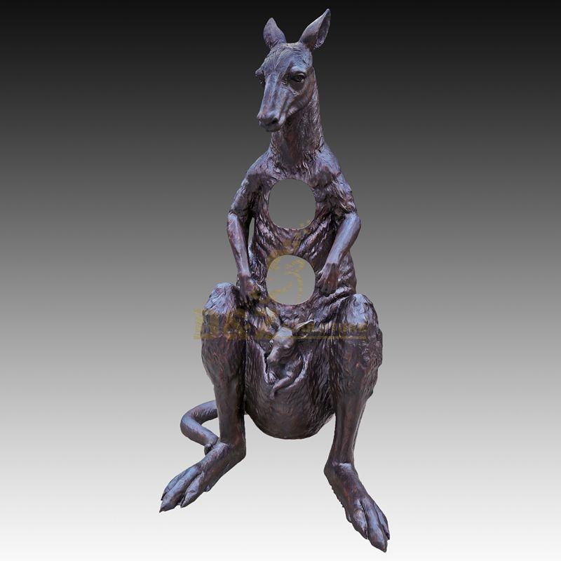Modern Decor Abstract Bronze Animal Statue Kangaroo Sculpture