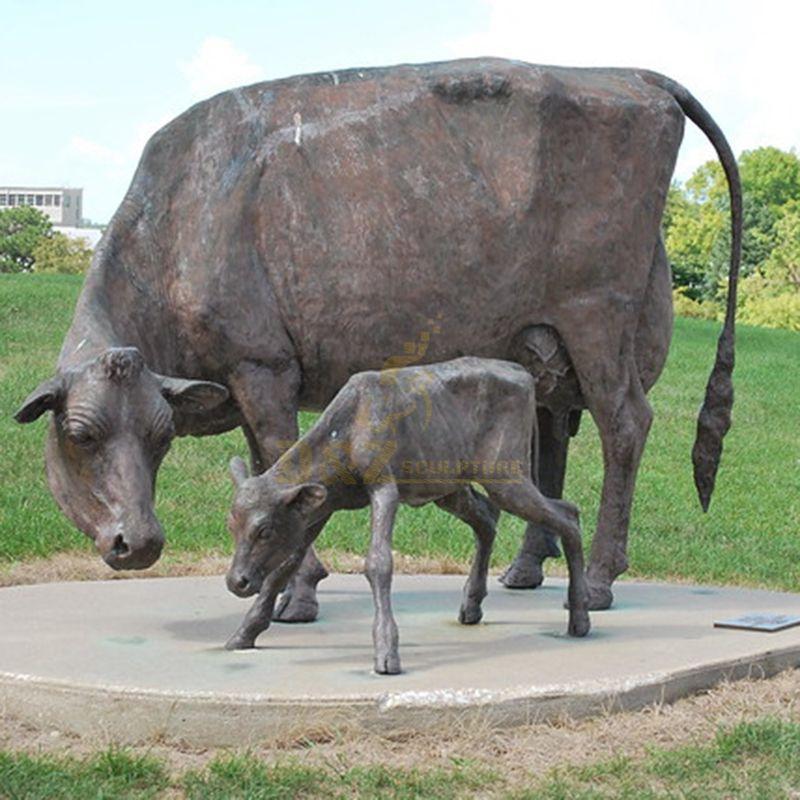 Outdoor Garden Brass Cow And Calf Statue