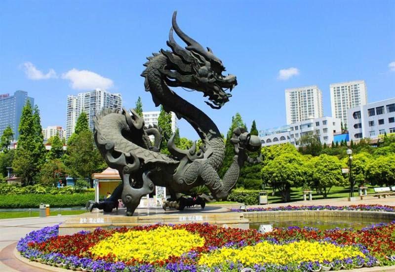 Chinese dragon garden statue