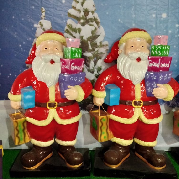 father christmas statue