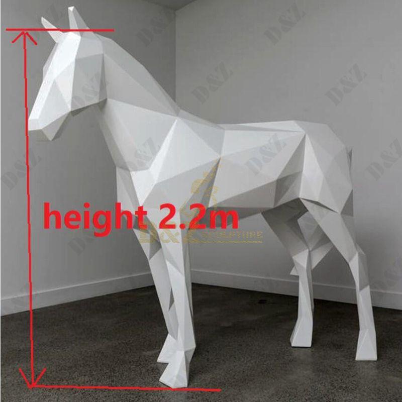 sesin horse statue
