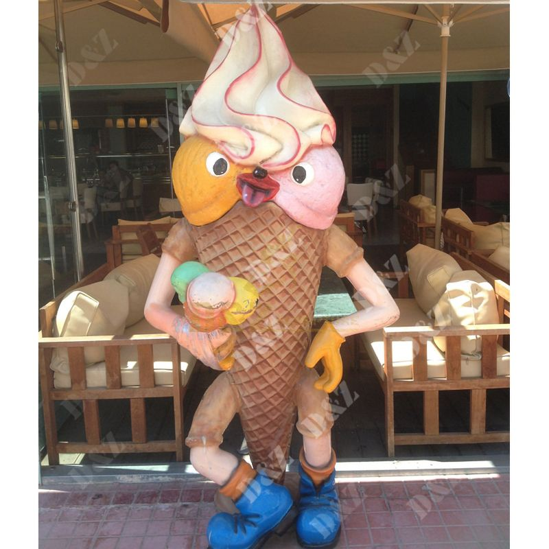 ice cream sculpture