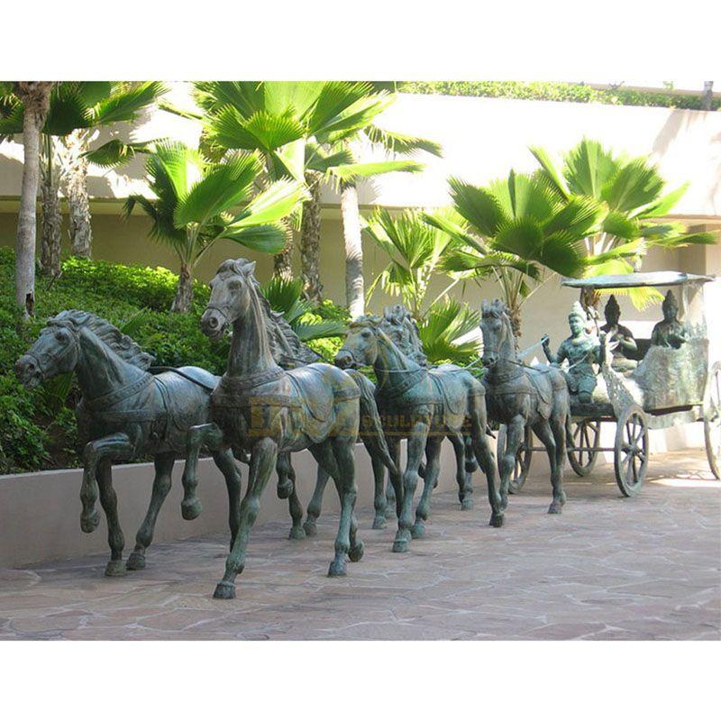 sculptures horse