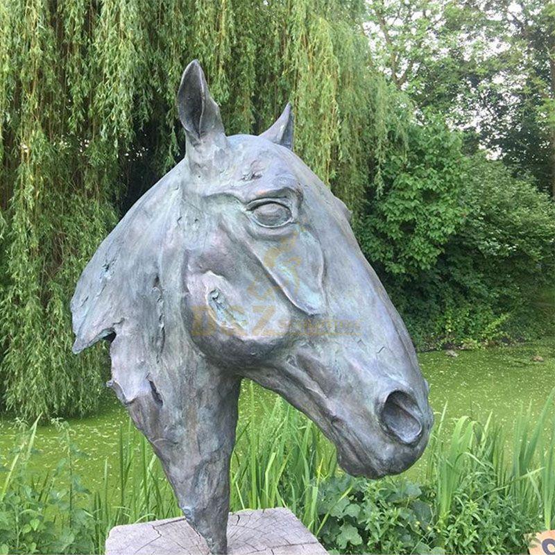 sculpture horse head