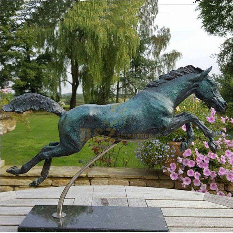 horse statue for garden