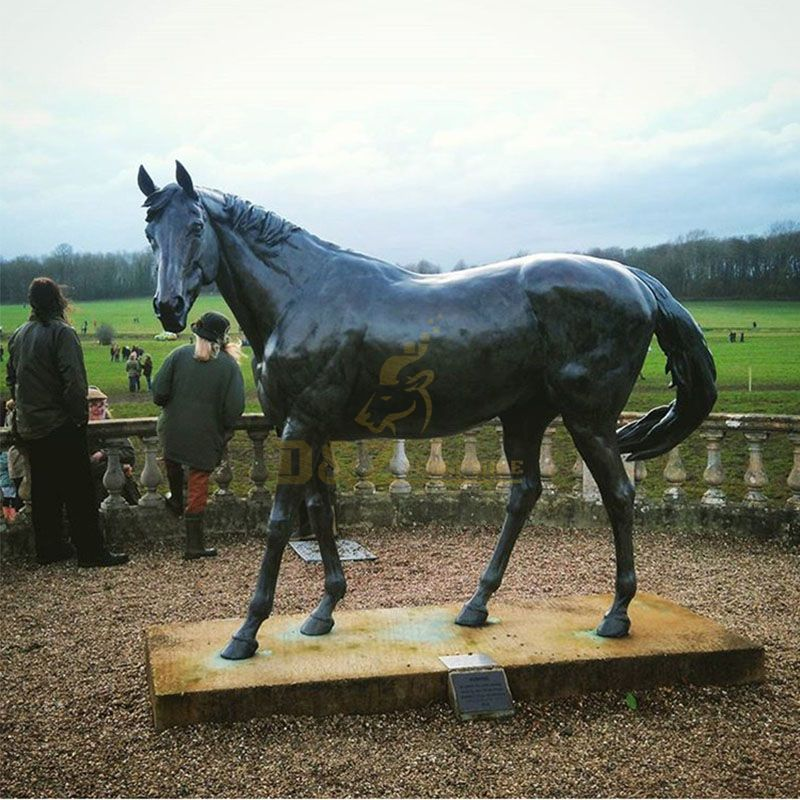 bronze horse statue life size