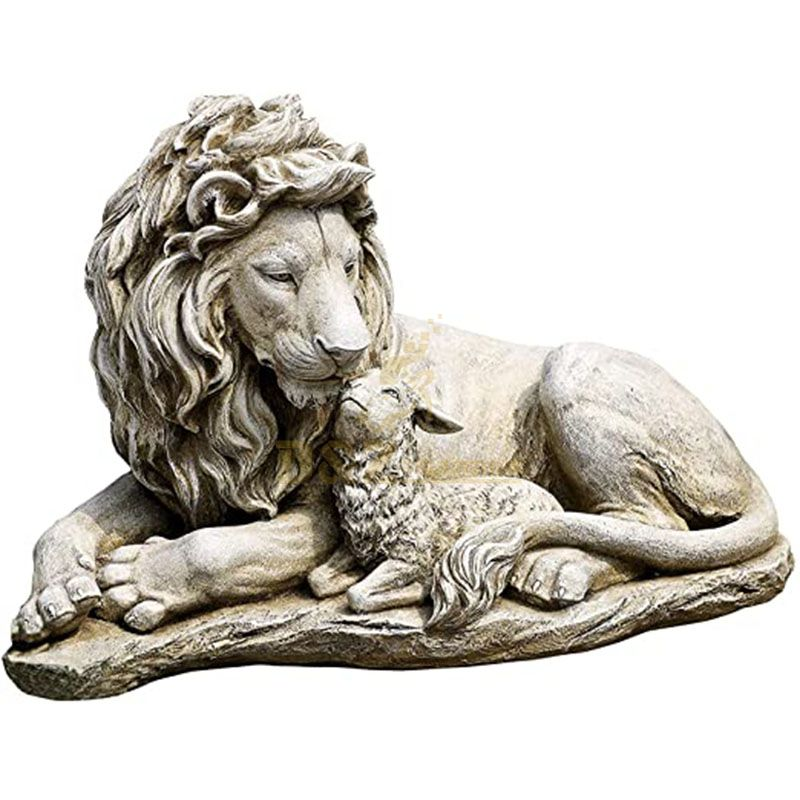 Outdoor lion and lamb garden statue for sale