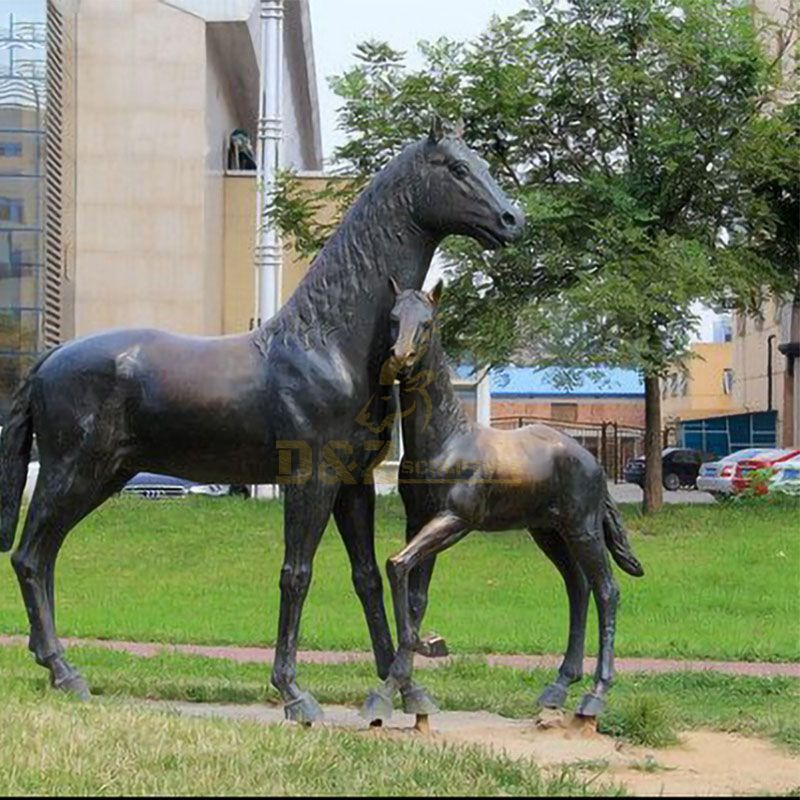 statue with horse