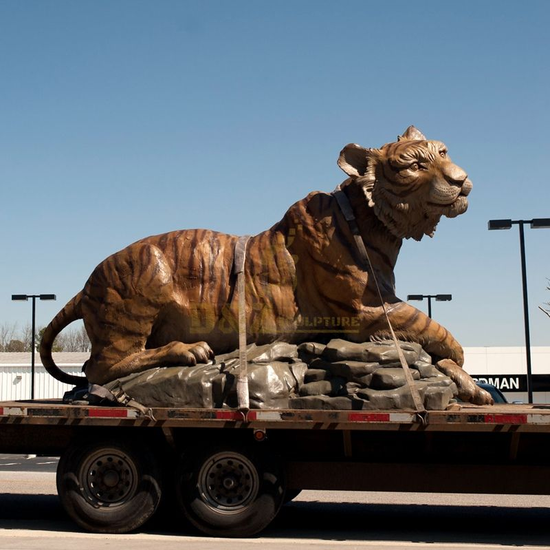 statue of tiger