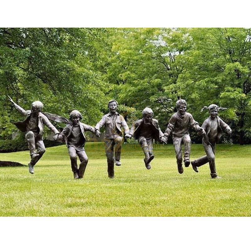 children garden statue