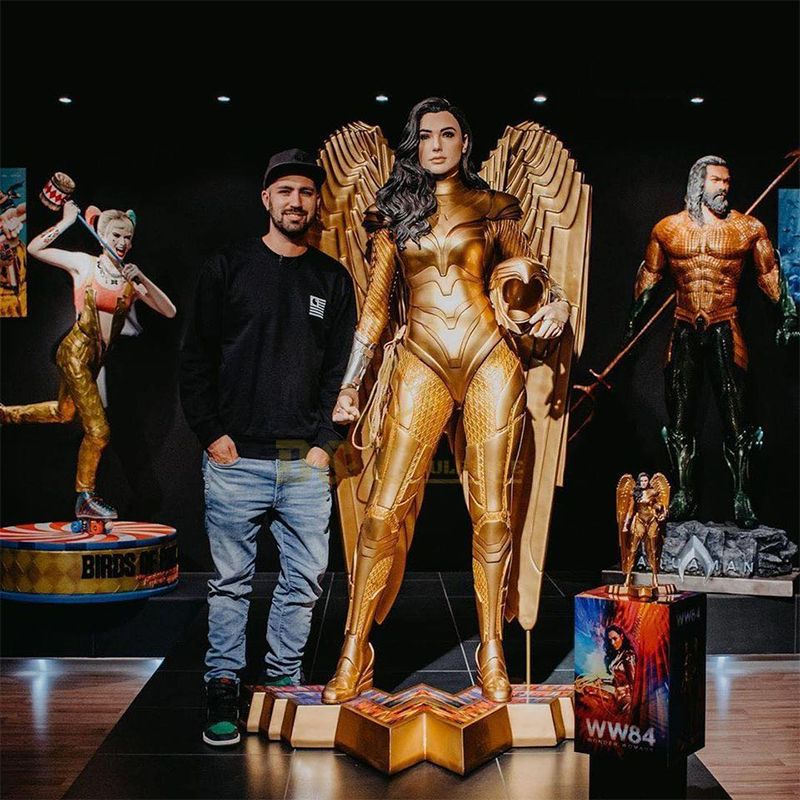 Life size wonder woman statue for sale