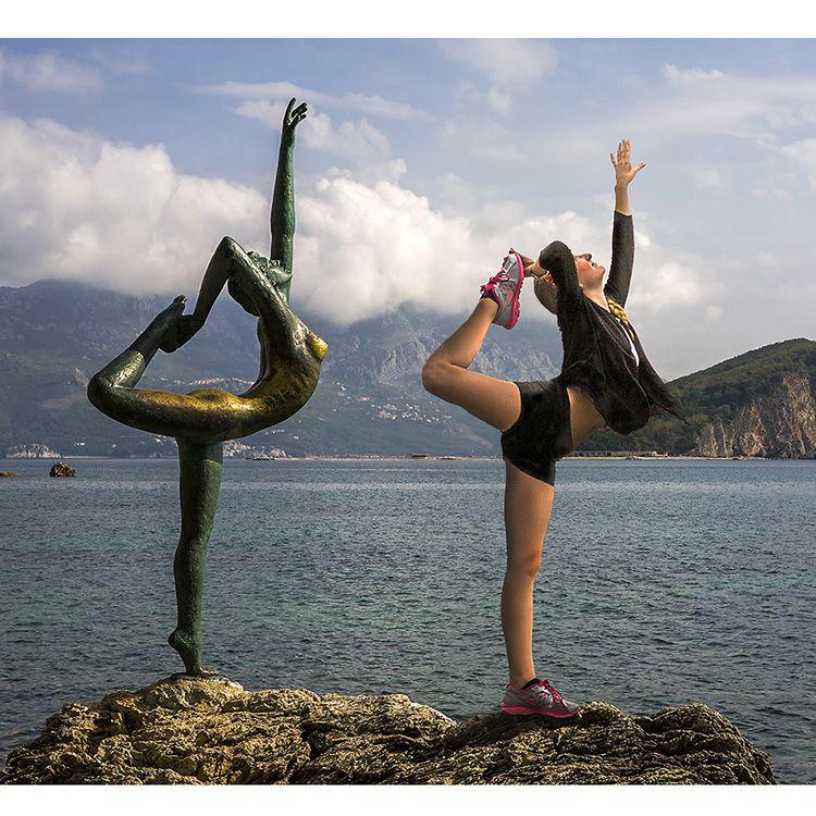 sexy girl yoga sculpture