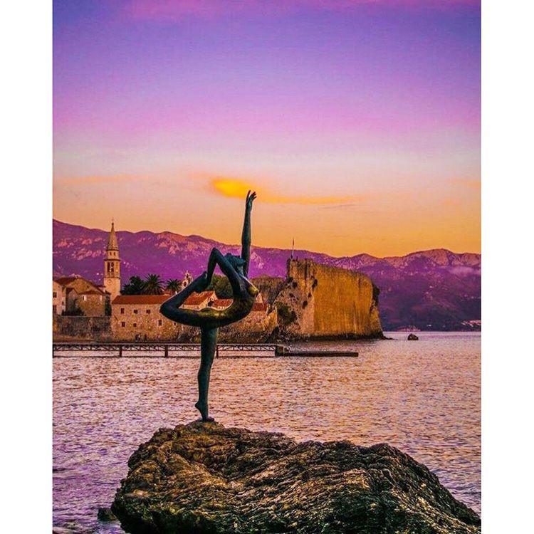 yoga sculpture female