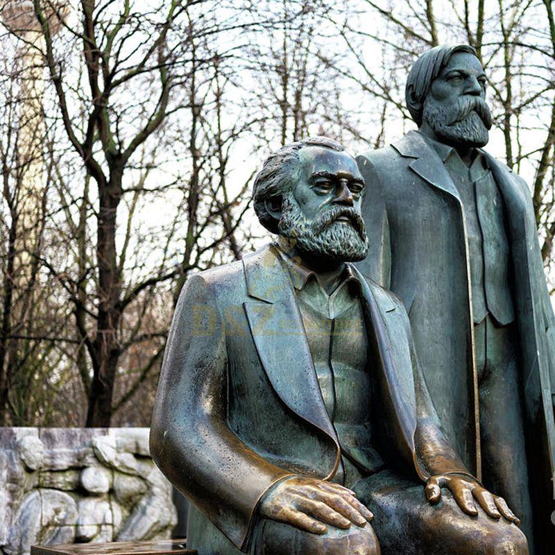 marx statue berlin