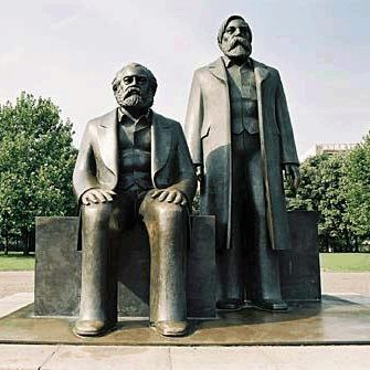 famous karl marx statue