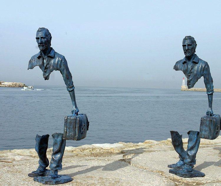les voyageurs sculpture