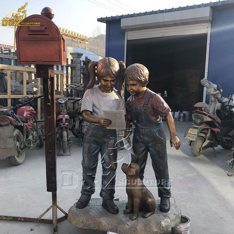 Bronze boy and girl with dog mailbox statue for garden