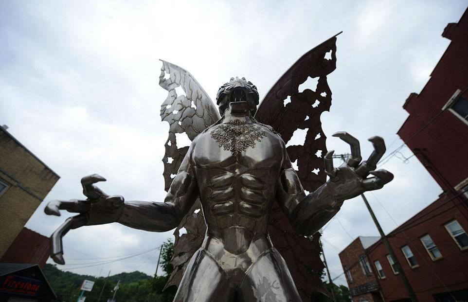 where is the mothman statue?