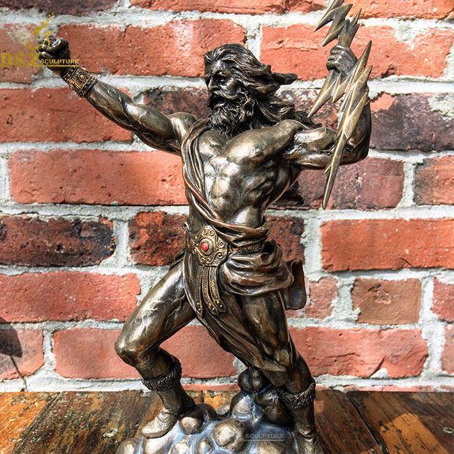 Zeus fighting bronze statue