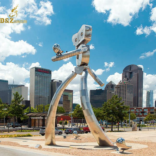 the traveling man robot sculpture dallas