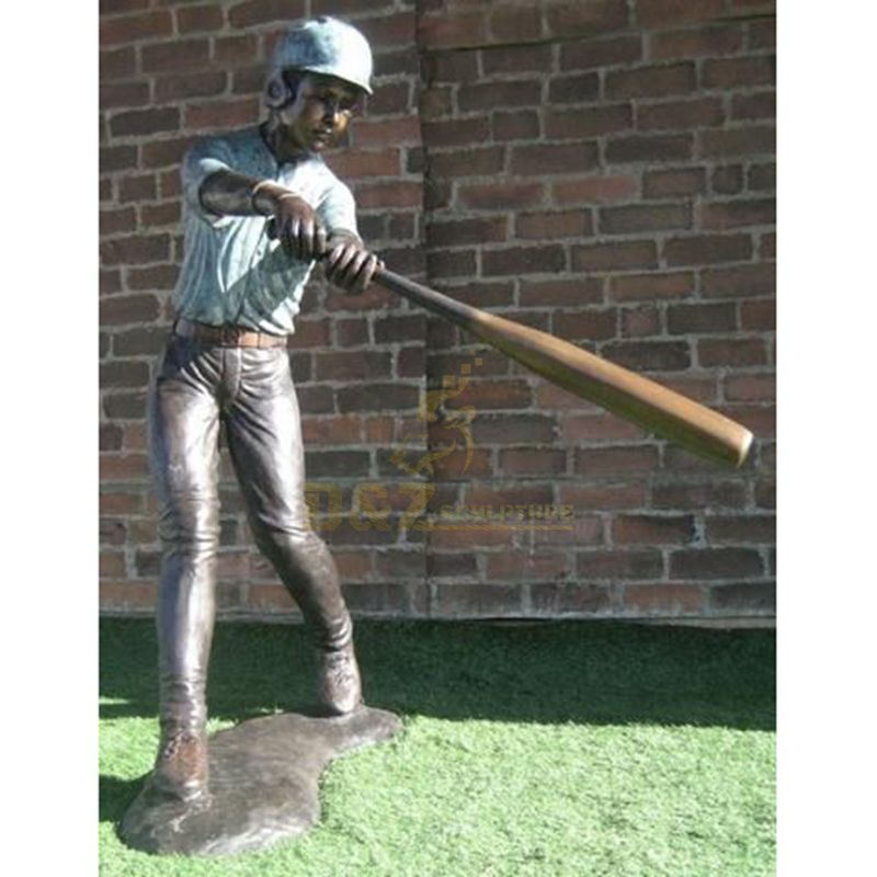 Outdoor Decoration Casting Bronze Sport Sculpture Cricket Player Statue