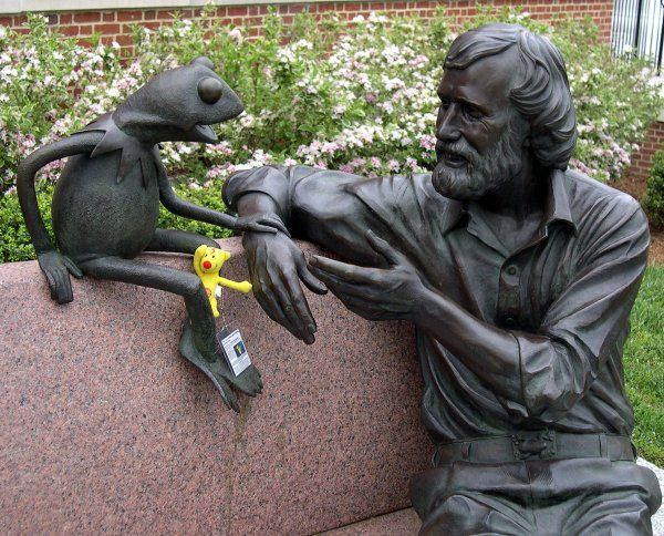 Park decor bronze man sitting bench statue for sale