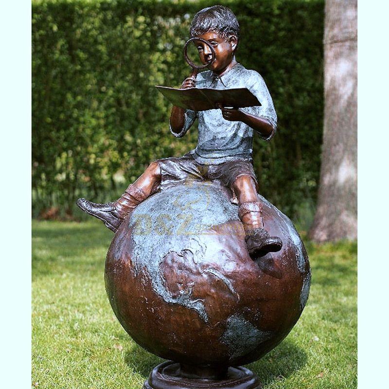 Popular western bronze sculpture child statue for decoration