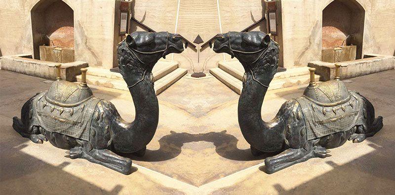 Outdoor Square Decoration Life Size Bronze Camel Sculpture