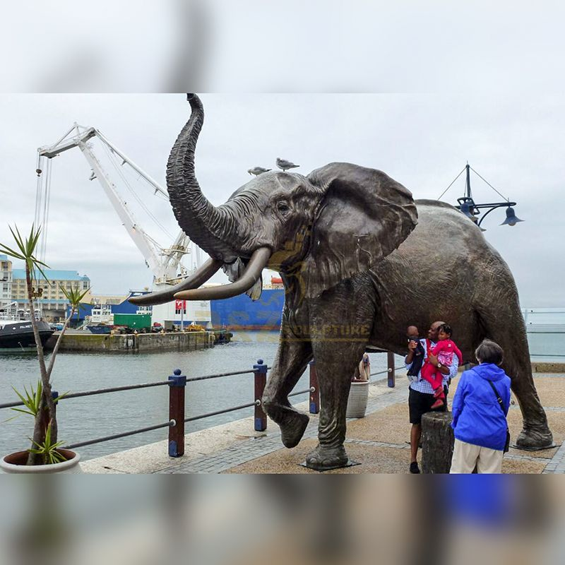 Life Size Outdoor Metal Bronze decorative elephant Animal Sculpture