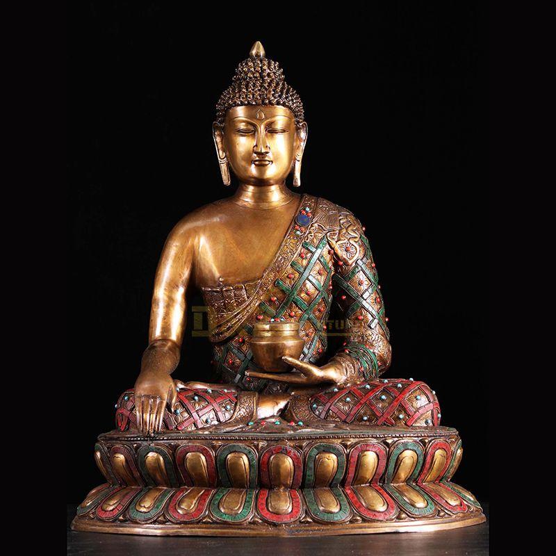 Outdoor Buddha statue