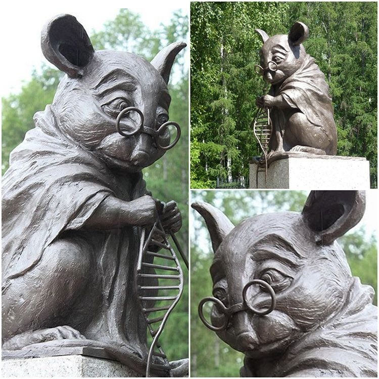Outdoor famous bronze mouse Knitting DNA sculpture