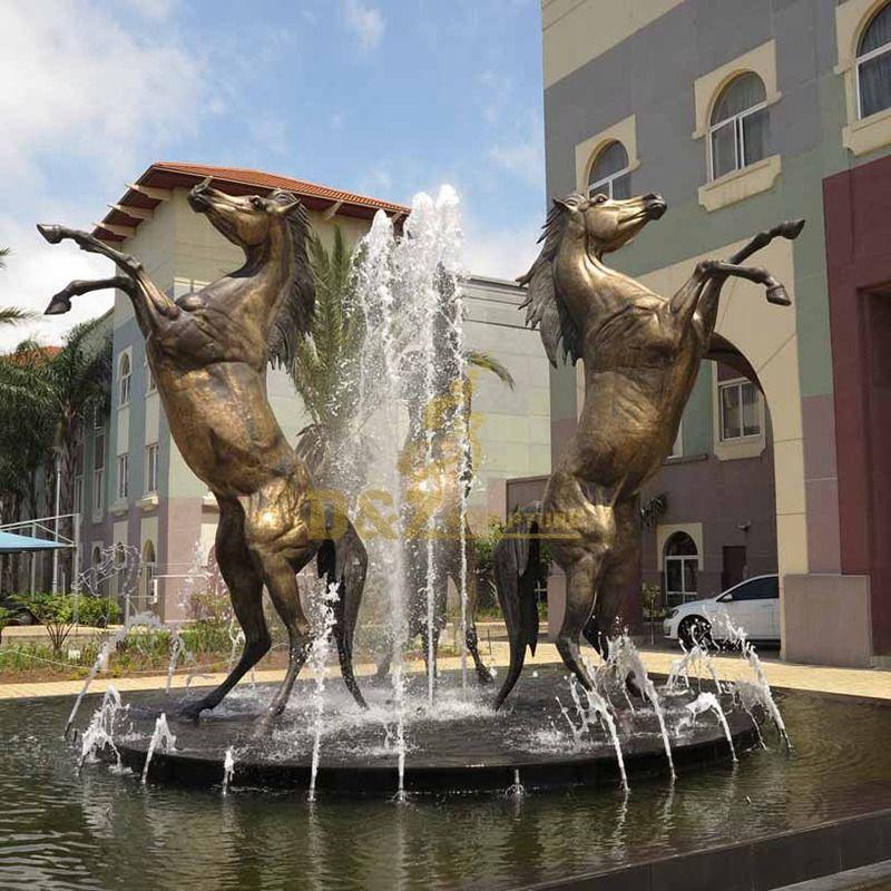 Life size bronze horse fountains jumping sculpture in garden