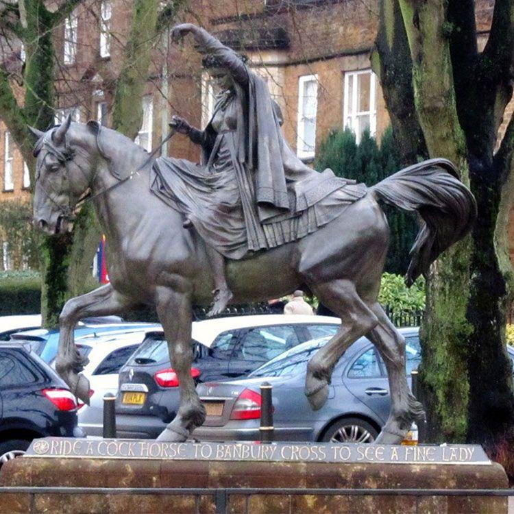 lady godiva statue banbury
