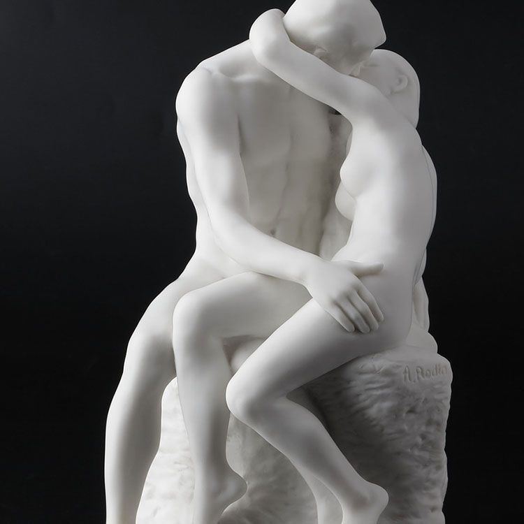 the lovers kiss marble statue