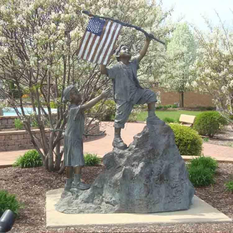 patriotic outdoor statues