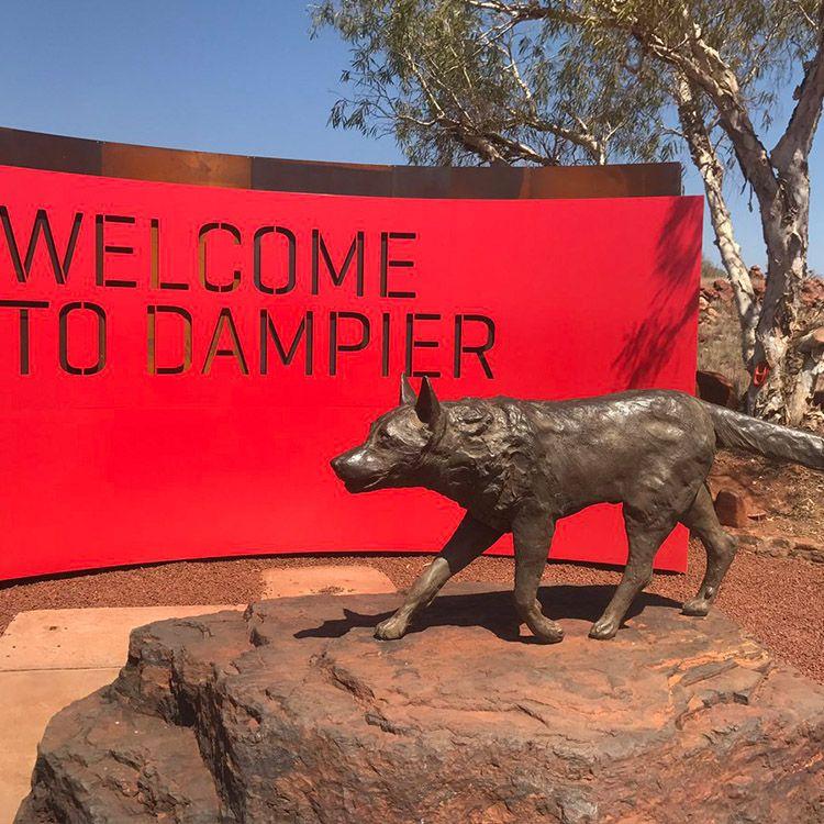 red dog statue dampier.jpg