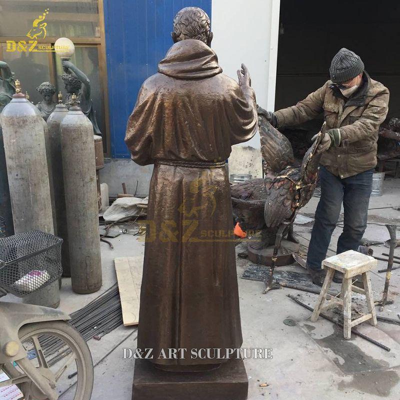 father pio statue