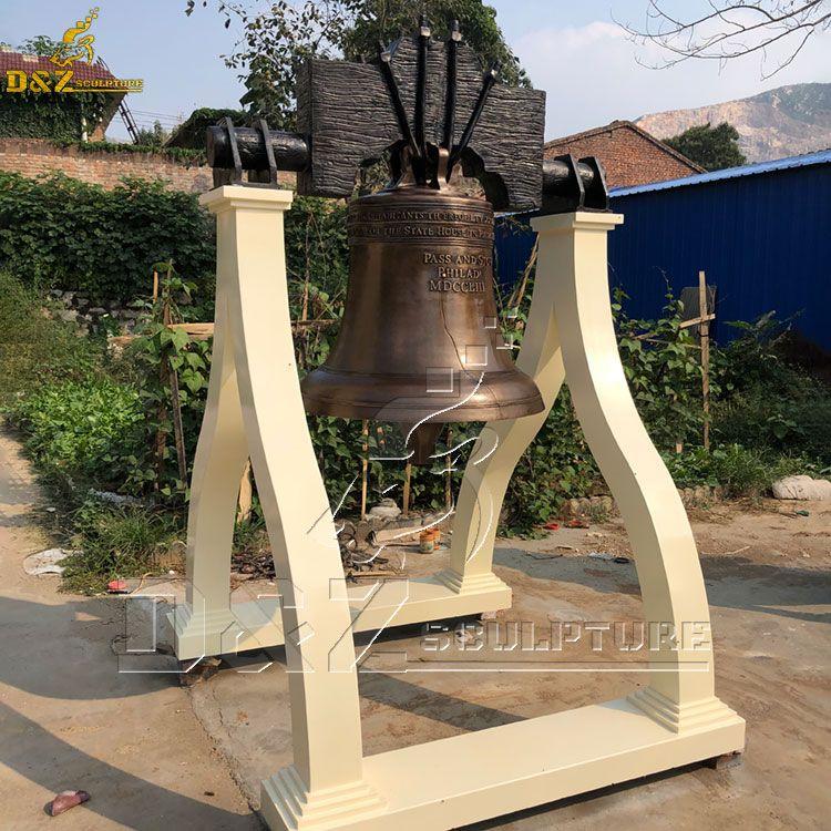 liberty bell crack