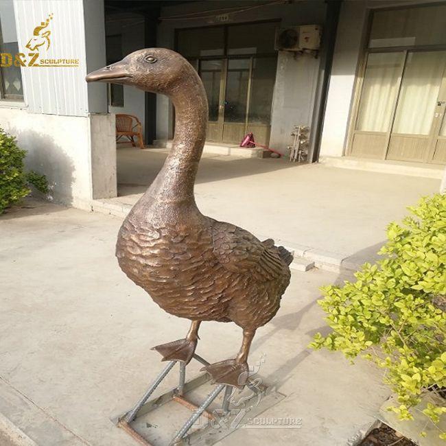 Outdoor Goose Statue